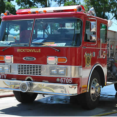 Engine 5 - 1983 Pierce Dash